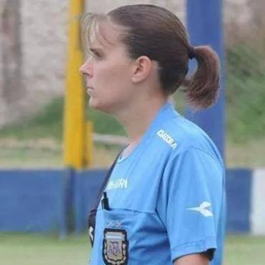 La mujer árbitro que dirigirá en Primera