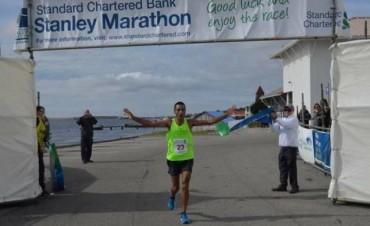Un Tucumano Ganó la Maratón de Malvinas