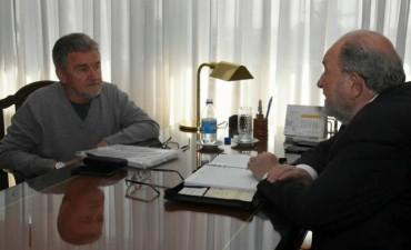 Verna se reunió con el ingeniero Raúl Crespillo