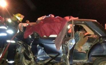 Al menos tres personas murieron tras tremendo choque frontal en la Ruta 35