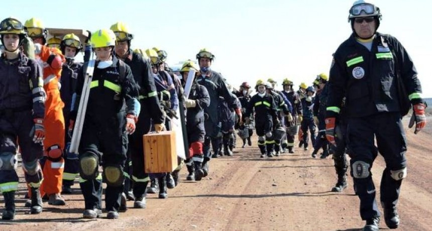 Dos bomberos pampeanos se capacitarán en Colombia