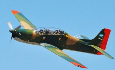 Cayó un avión de la Fuerza Aérea en Córdoba: dos muertos