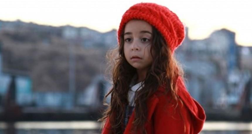 Beren Gökyldiz, la pequeña actriz de