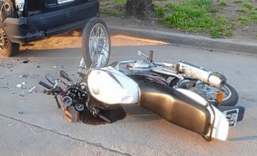 Joven de Darregueira grave por accidente en moto