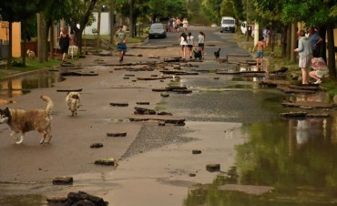 Las abundantes precipitaciones que se desataron este domingo a la tarde en la capital pampeana