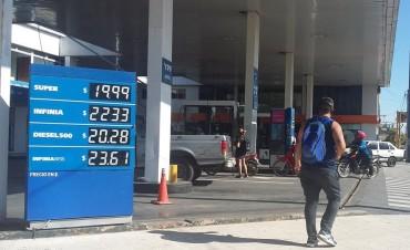 YPF aumentó un 5% sus combustibles