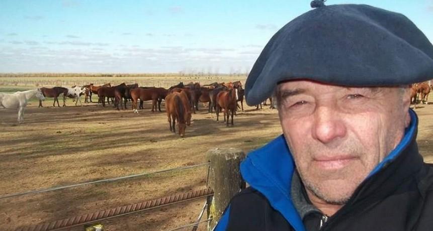 Un tropillero pampeano murió al ser pateado por un caballo