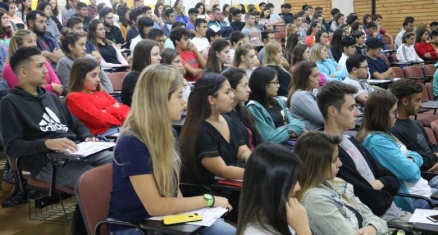 Más de 200 alumnos se anotaron para estudiar Veterinarias en General Pico
