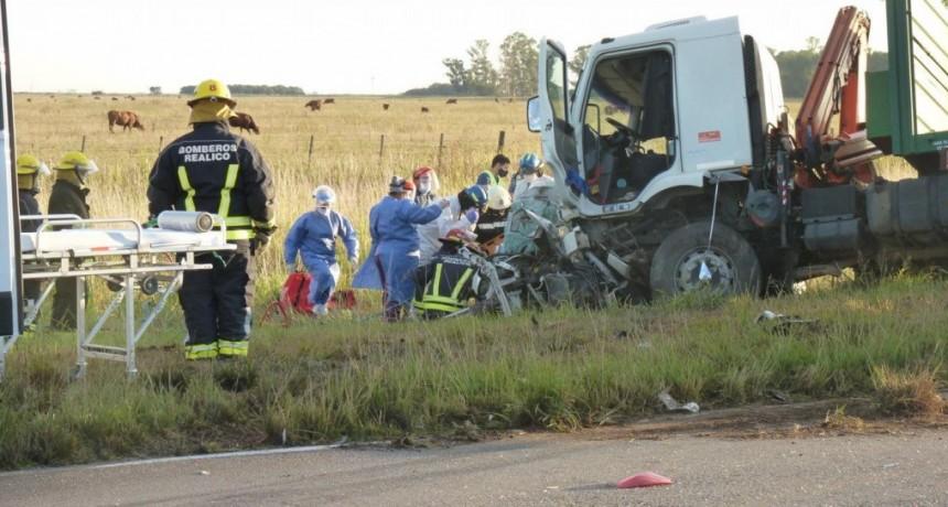 Tragedia en la Ruta 188: no pueden ubicar a los familiares de las víctimas