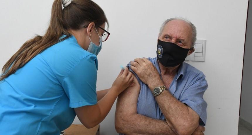 El Gobierno Provincial destaca la vacunación a mayores de 80 años