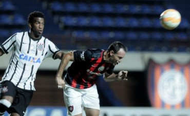 San Lorenzo perdió frente al Corinthians como local