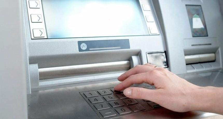 Trámites: cómo enviar dinero sin usar una cuenta bancaria ni pagar comisiones