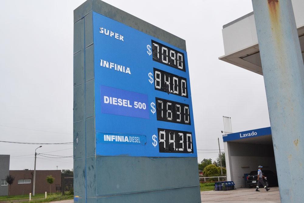 Los combustibles aumentaron un 7% promedio en el país