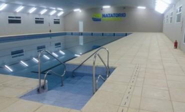 El lunes comienzan las inscripciones para los natatorios climatizados de Puan y Darregueira