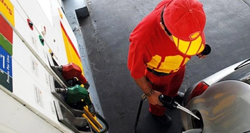 Volvieron a aumentar las naftas y gasoil