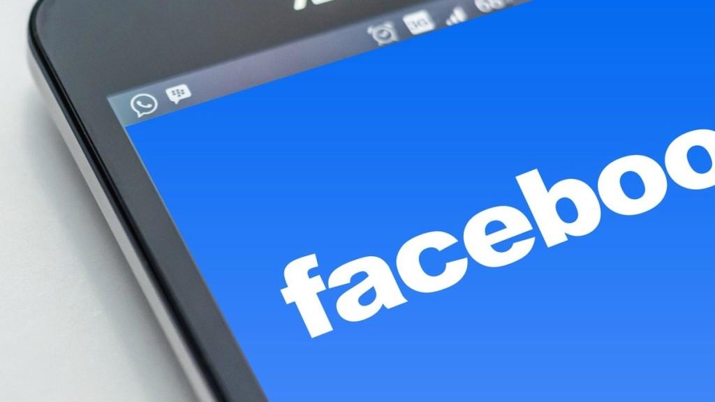 Robaron datos de más de 2 millones de cuentas de Facebook en Argentina