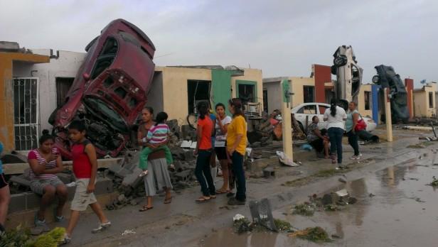 México: un tornado arrazó una ciudad y hay más de 10 muertos