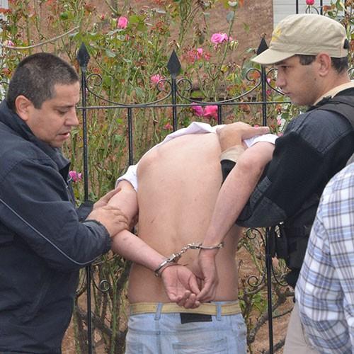 Asalto y tiros en una concesionaria en Santa Rosa