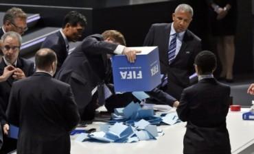 En las horas previas a la votación para la presidencia de la FIFA, la postura de la Conmebol dio un vuelco trascendental