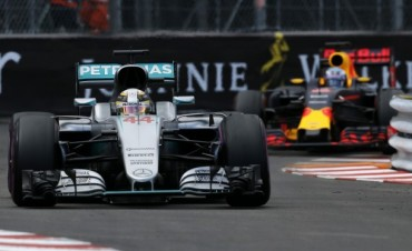 Hamilton volvió a ganar