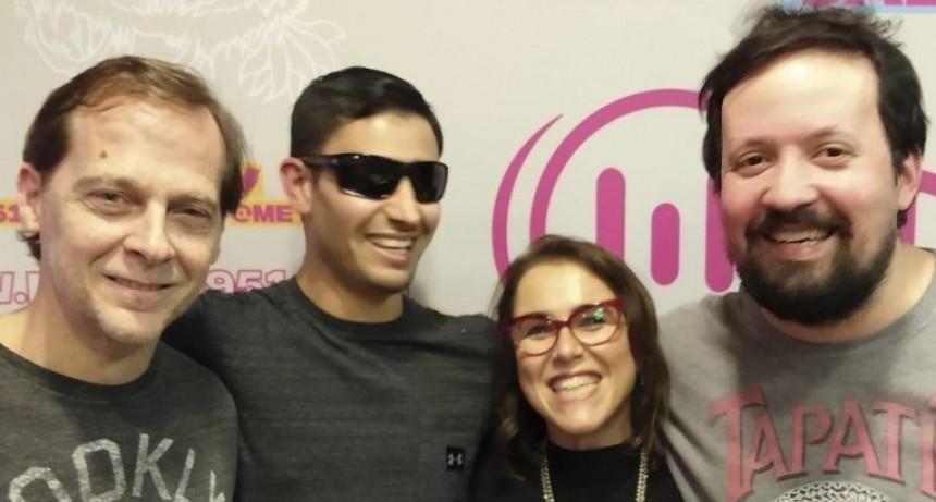 El atleta ciego, oriundo de Catriló, Alexis Acosta, sigue emocionando a todos