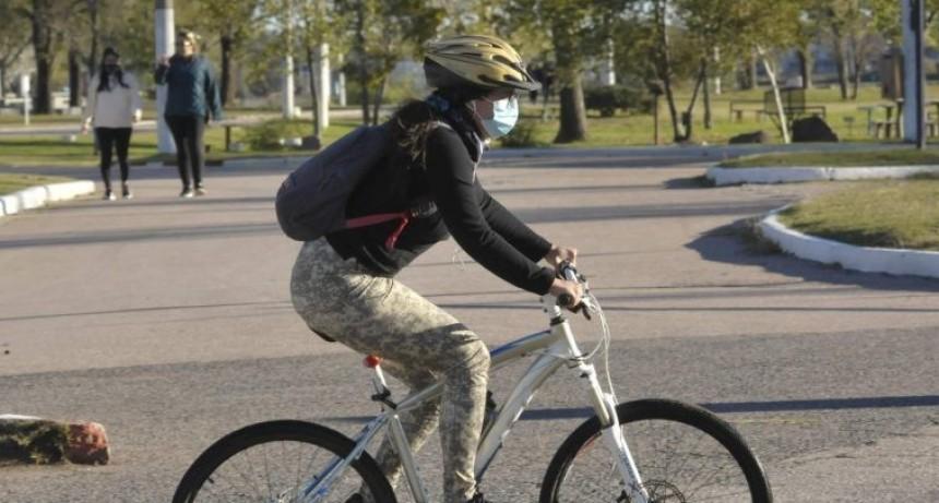 Aclaran que no se puede andar en bici