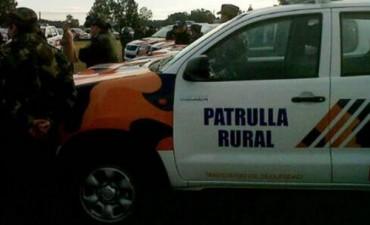ENTREGA OFICIAL DE UNA CAMIONETA 4 X 4 PARA LA POLICIA)
