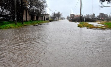 Una lluvia torrencial se sintió en Santa Rosa