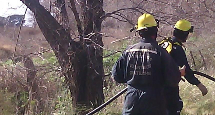 Impulsan proyecto de ley para que todos los bomberos voluntarios del país tengan ART