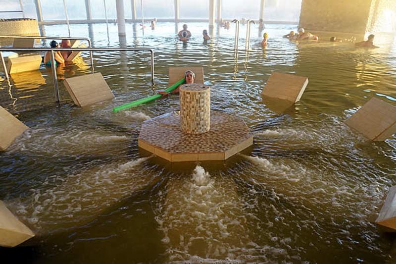En Carhué inauguraron un Complejo Termal de aguas hipermineralizadas