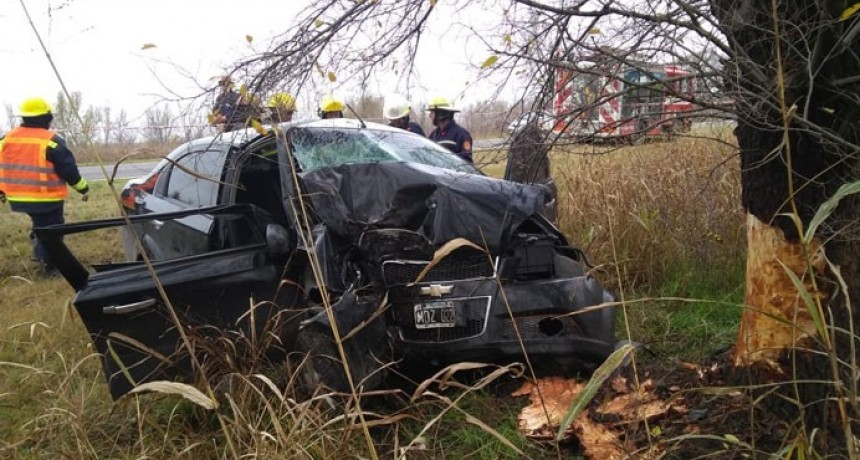 Despiste y choque en la Ruta 35: murió una mujer