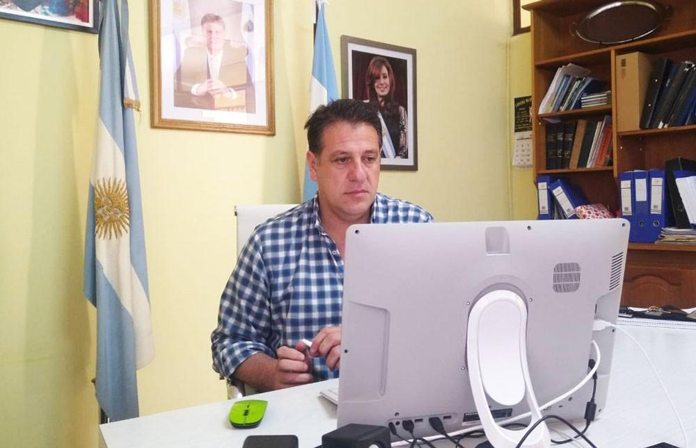 Uriburu: asistirán con $15.000 a los trabajadores informales afectados por el Covid