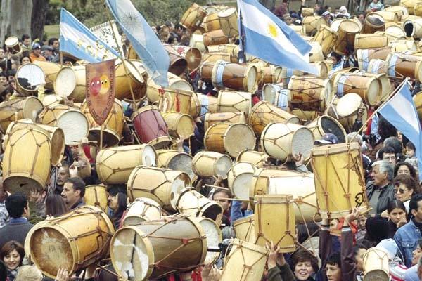 Marcha de los Bombos Santiago del Estero