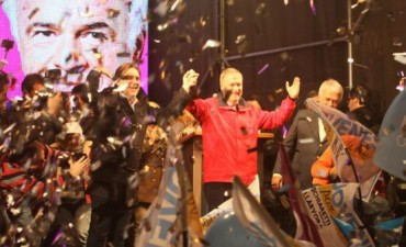 Cristina Kirchner felicitó a Schiaretti
