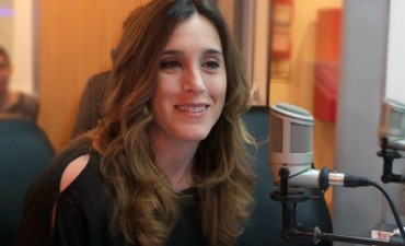 La madre de la reconocida cantante Soledad Pastorutti sufrió un violento asalto en la casa de su hija de la localidad santafesina de Arequito en la madrugada de hoy.