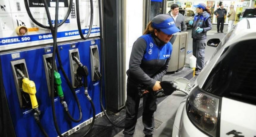 YPF ya aumentó las naftas un 5%