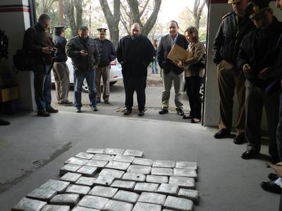 Incineran 150 kilos de droga en General Pico