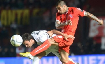 Independiente logró su cuarto triunfo consecutivo ante Colón