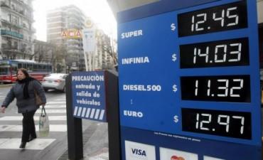El barril de crudo se desplomó 4% en EEUU, a 43 dólares