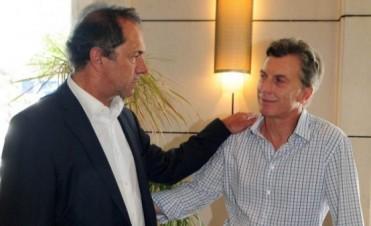 Scioli y Macri se van de viaje