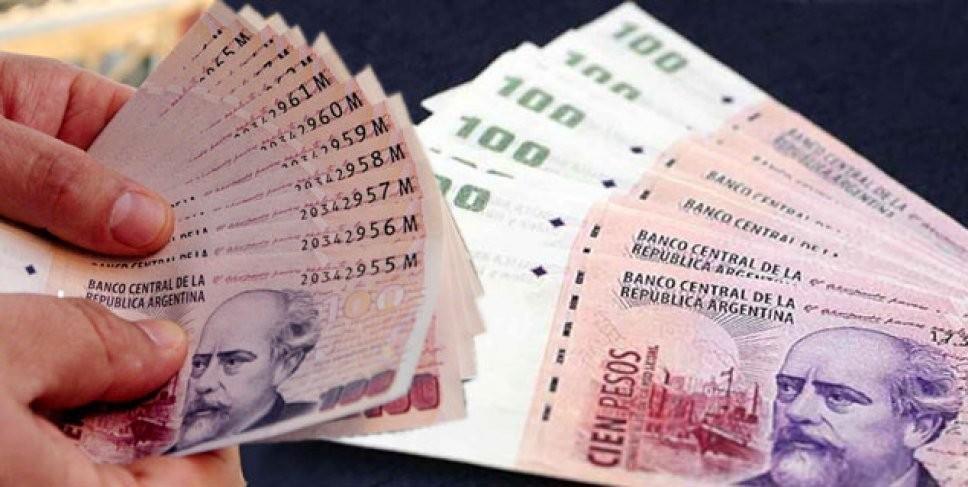 Un niño de 12 años encontró 10 mil pesos y corrió a devolverlos