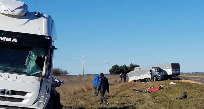 Grave choque de camiones en la Ruta 1