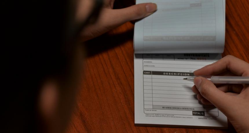 La Afip comenzó a visitar las comisiones de fomento de las facturas truchas