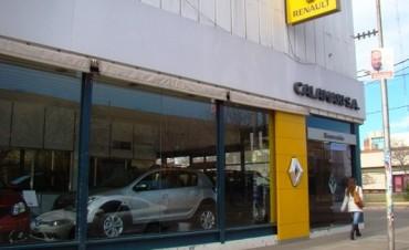 La concesionaria de autos Calamari emitió
