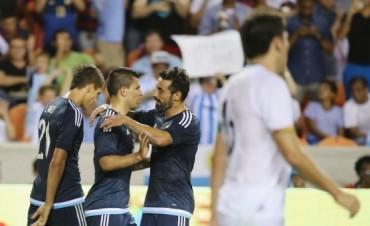 En el primer compromiso de la gira, Argentina ganó,