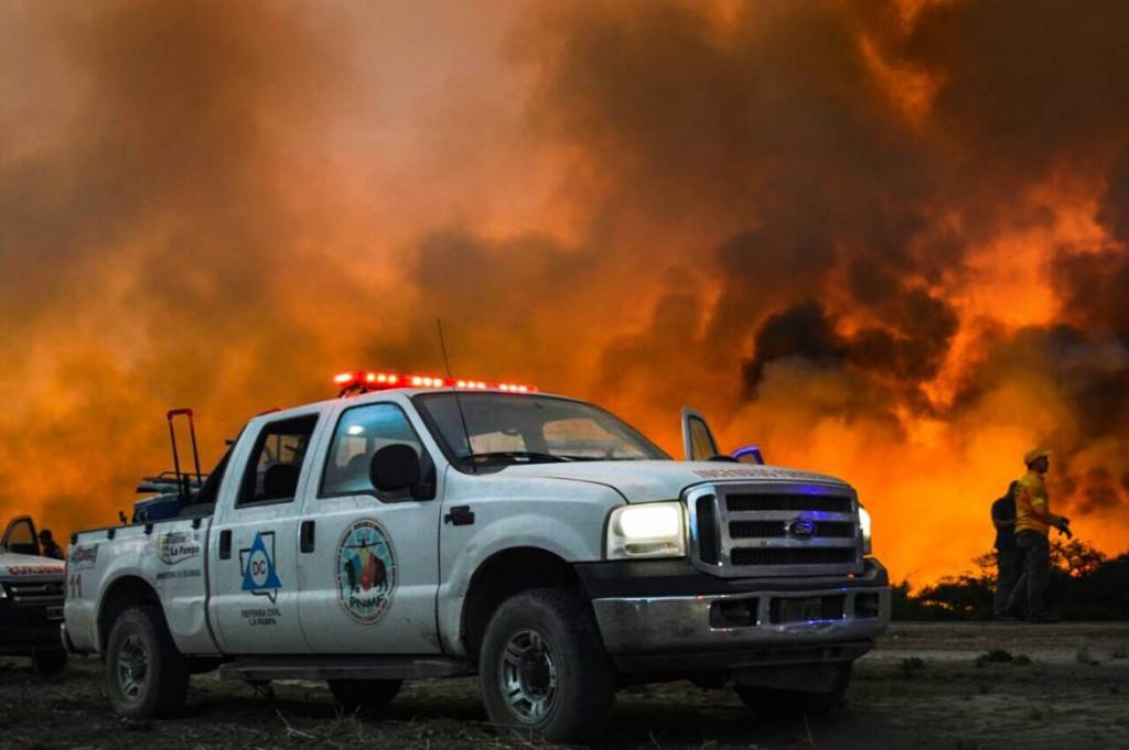 Hay unos 15 incendios rurales en la provincia