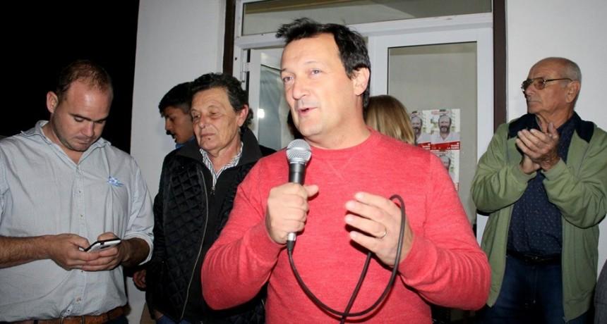 Sergio Arrese, intendente de Guatraché, salió a respaldar que en la Legislatura pampeana se empiece a discutir si el Estado se debe hacer cargo de pagar las licencias gremiales a los dirigentes sindicales.