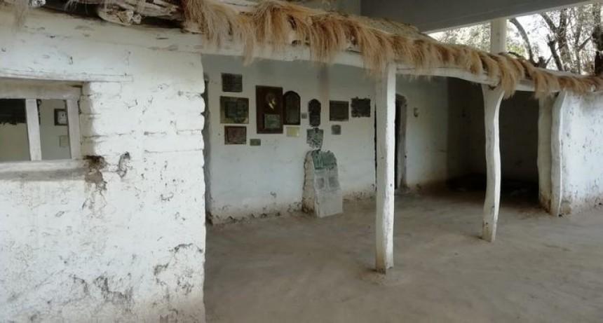 Visita a la primera escuela de Sarmiento en la Argentina
