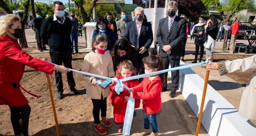 """Ziliotto encabezó la entrega de 10 viviendas del programa provincial """"Mi Casa"""" en Doblas"""