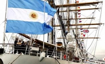 LIBERTAD. La Fragata está próxima a llegar a Buenos Aires.